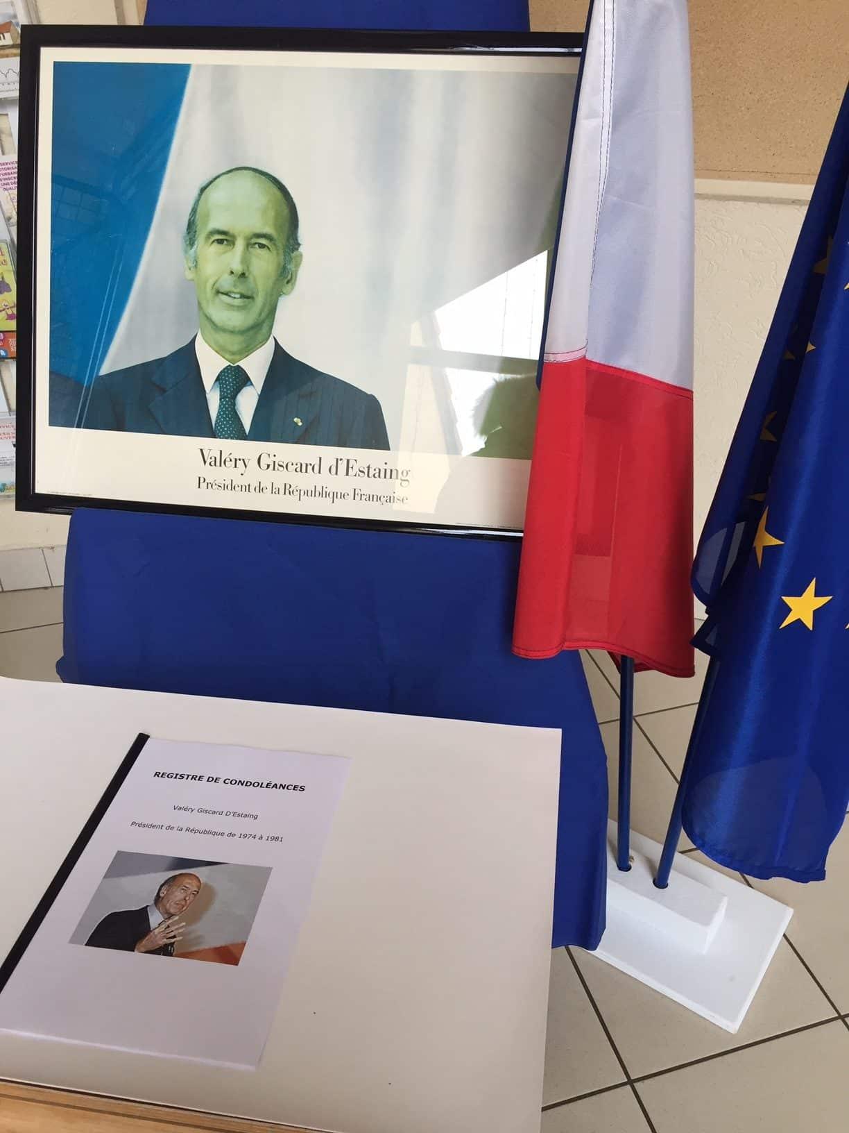 JOURNEE DE DEUIL NATIONAL- Hommage à V. Giscard d'Estaing, ancien Président de la République